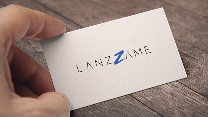 Tarjeta con el logotipo de Lanzzame